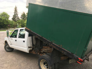 2000 Chevrolet 3500 Chipper Dump Truck