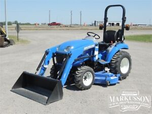2017 New Holland Boomer 24 - 235TL Loader, 260GMS Mower