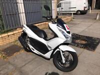 Honda pcx125 (2011) 12 months mot quick sale