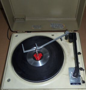 General Electric portable record player