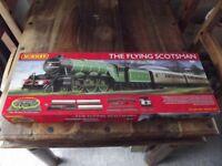 Hornby R1167 Flying Scotsman 00 Guage Electric Train