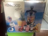 Fruit juice/smoothie maker by kenwood brand new