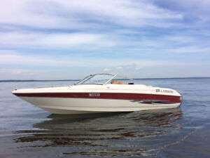 2000 Larson SE176 Inboard Boat