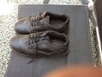 MENS DOC MARTENS SAFETY SHOES.