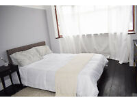 Stunning Character Large Double Room - Large Period House - trains 12min to London Bridge