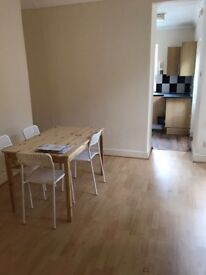 DOUBLE ROOM FOR 2 OR 1 PERSON VERY CHEAP