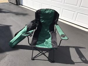 Deluxe Folding Lawn Chair & carry bag