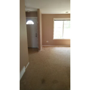 Northlands Condo: Available Oct 1st