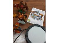 Skylanders Giants for Wii with portal and three skylanders (2 are giants)