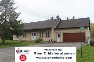 "Bungalow, Just Reduced 21k to make it "" Best Buy "" in Manotick"