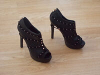 New Very High heeled platform shoes size 7 REDUCED BARGAIN £4 !!!