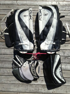 "29"" Reebok Goalie Pads, Glove & Blocker"