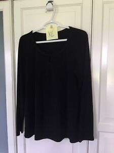 Maternity cloths large and XL