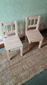 Set of two pine chairs with white wash