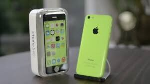 Excellent Condition Unlocked iphone 5C Green 8GB For Sale