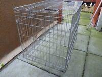 MEDIUM SIZE DOG CAGE,LIKE NEW, WITH INNEER STEEL TRAY, CLEARANCE PRICE £15, CAN DELIVER