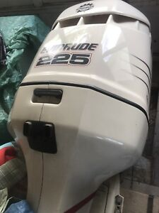 225 outboard motor for sale