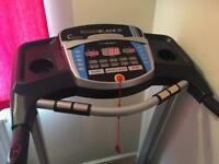 ROGER BLACK SILVER MEDAL TREADMILL. GREAT CONDITION