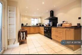 3 bedroom house in Wapshott Road, Staines, TW18 (3 bed)