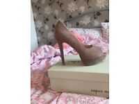 Nude/brown heels - says size 6 but more of a 5