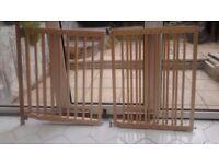 2x Lindam Wooden safety gate