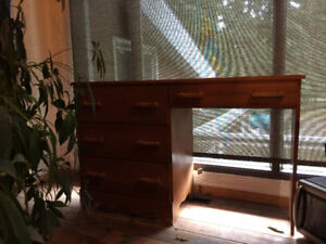 Beautiful Solid Maple Wooden Desk