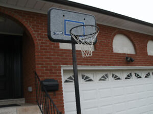 PORTABLE BASKETBALL HOOP AND POLE SYSTEM