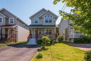 Gorgeous family home that's move-in ready!