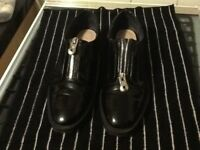 Size 40 Zara zip up front