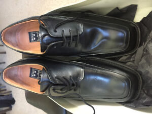 New in Box, Mens BOS Shoes, Size 8