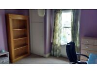 Room to rent in house in brockley, near Hilly fields