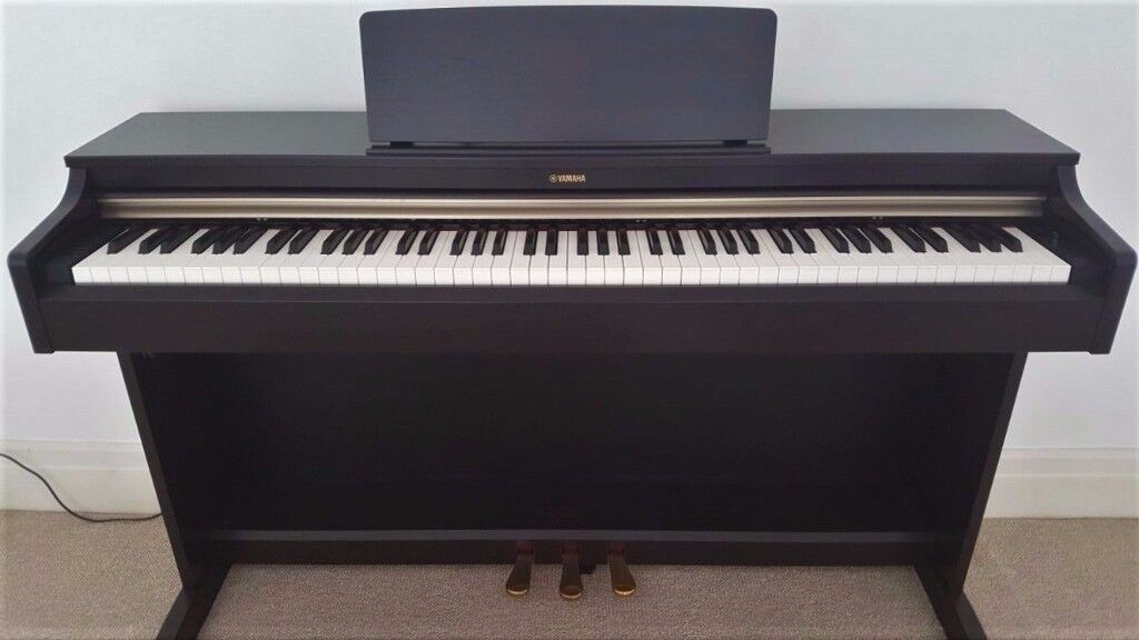 Yamaha Arius YDP-162 Upright Digital Piano (Rosewood) Excellent Condition