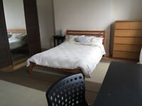 Monday to Friday rent a room in Camden Town
