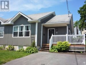 NEW PRICE! 3 bedrooms, Uptown. Move in Ready.