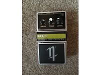 DT-1 straight distortion guitar pedal