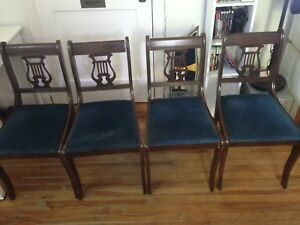 4 dining room chairs for trade