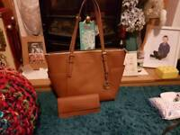 Michael kors medium tote and purse