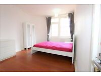 Bright Double room in Shoreditch*all bills included* *couples welcome*