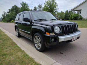 Jeep Patriot 4WD Limited SUV