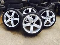 Audi Q7 22 inch wheel alloys need Refurbishing 3 good tyres