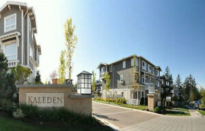 Like New 3 Bedroom Townhome at Morgan Creek, South Surrey