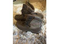 YDS Kestrel Patrol - Size 9M - Never Worn