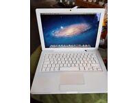 Apple mac book 2008