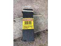 Metpost Economy Driving Tool for use with Metpost Supports