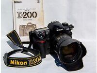 Nikon D200 SLR with 18-200 AF-S lens VR