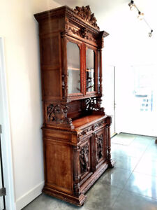 Late 19th Century French Antique Buffet (Buffet de Chasse Louis