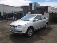 Ford Focus Ghia 1.8 TDCI Saloon 2006 breaking for spares Wheel Nut.