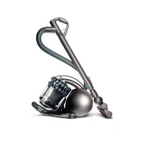 Dyson DC 78TH Cinetic Animal Canister Vaccum- Warrenty till 2020