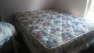 Queen sized mattress and box spring