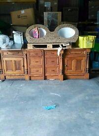 oak kitchen units granite work tops